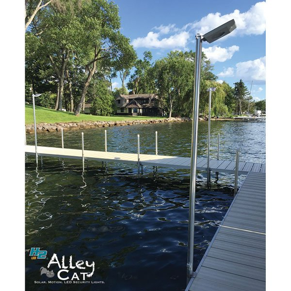 Reduce Impact On The Environment With Solar Powered Dock Lights