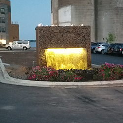 4 Ways to Enhance Your Commercial Landscape Lighting